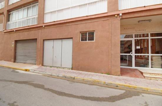 Commercial - Resale - La Mata - Center